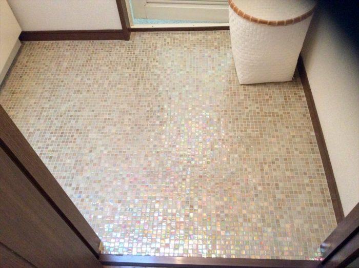洗面室の床