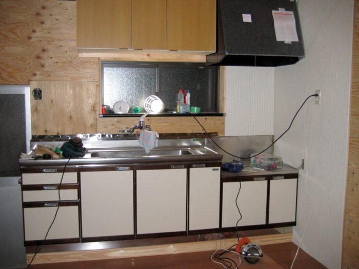 キッチンを設置