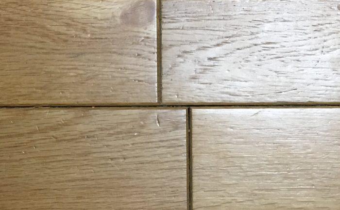 床暖房で10年以上使用した床暖房対応フローリングの隙間